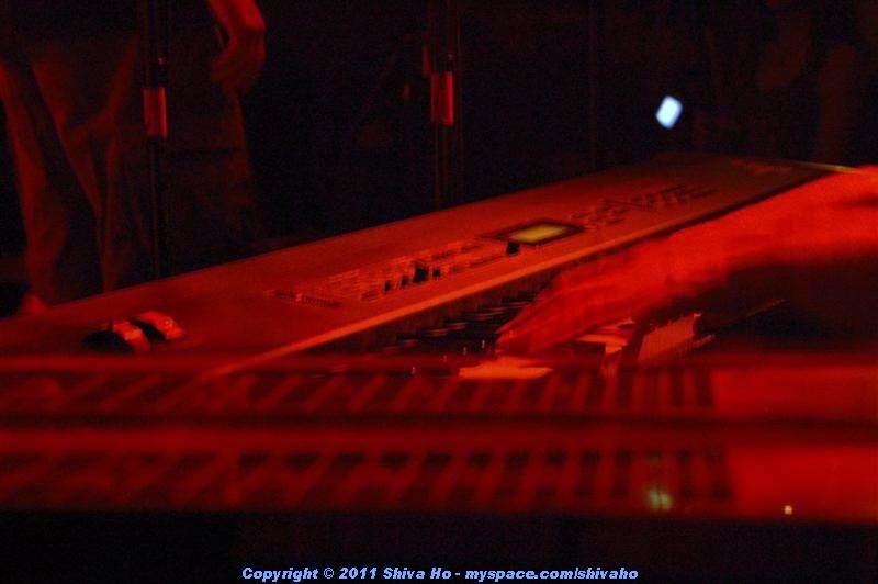 b4b2011-10-07n-110Medium.JPG